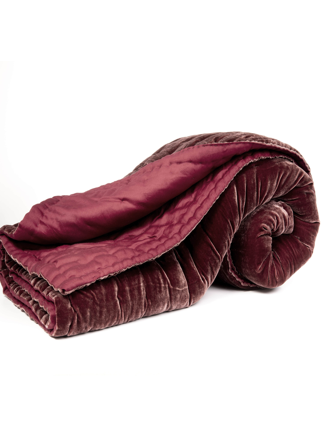 House of Silk Maison - Claret Red Velvet Throw (1)
