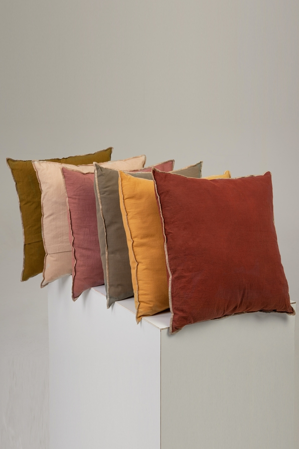 House of Silk Maison - Recycled Cotton Cushions Chocolate Brown (1)