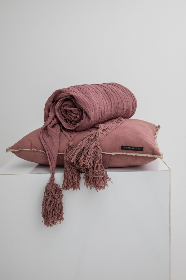 House of Silk Maison - Lilac Linen Throw (1)