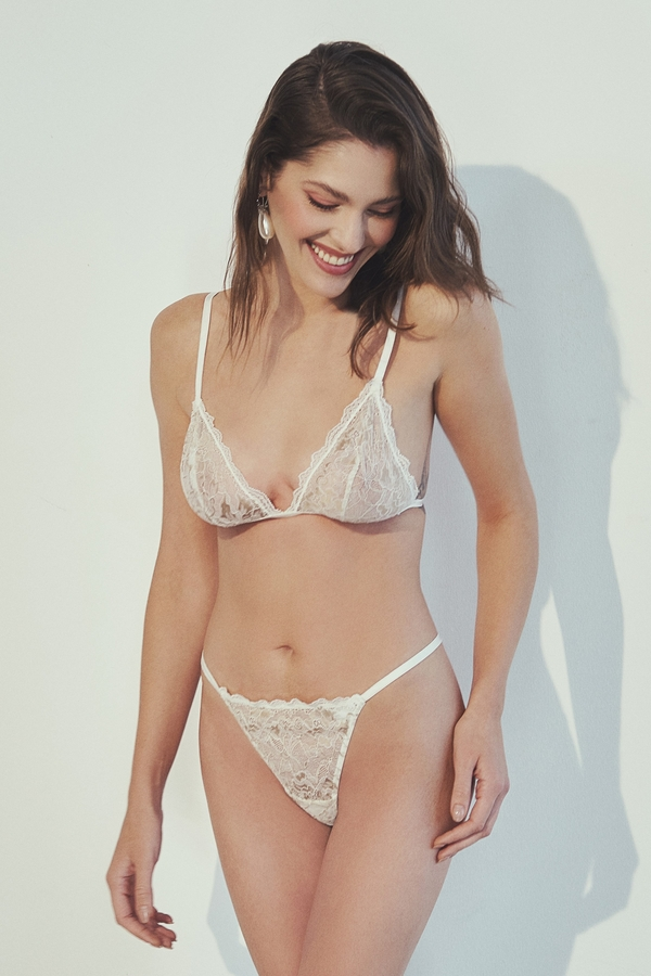 House of Silk - Luxe Shine White-Gold Lace Triangle Soft Bra