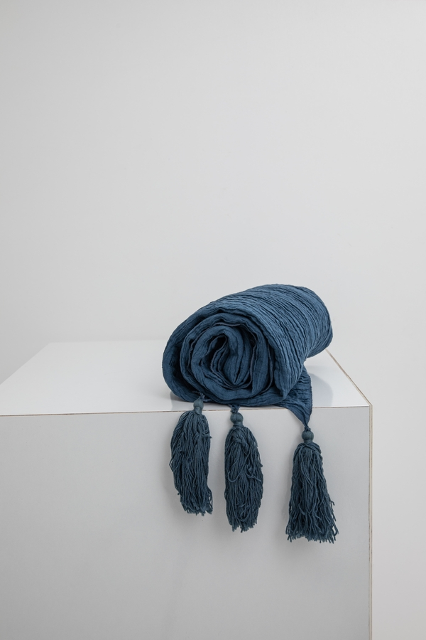 House of Silk Maison - Navy Linen Throw