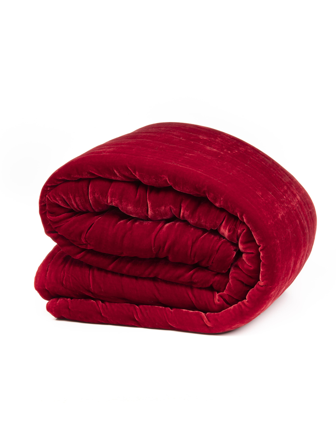 House of Silk Maison - Red Velvet Throw (1)