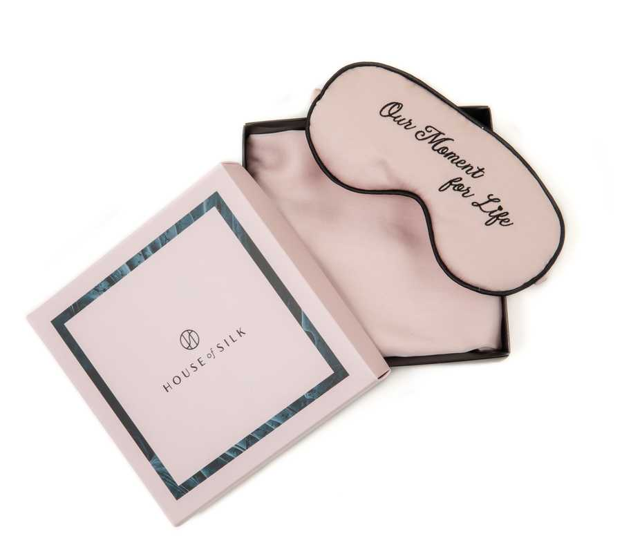 Hofsilk - Silk OUR MOMENT Sleeping Mask & Pillowcase Set