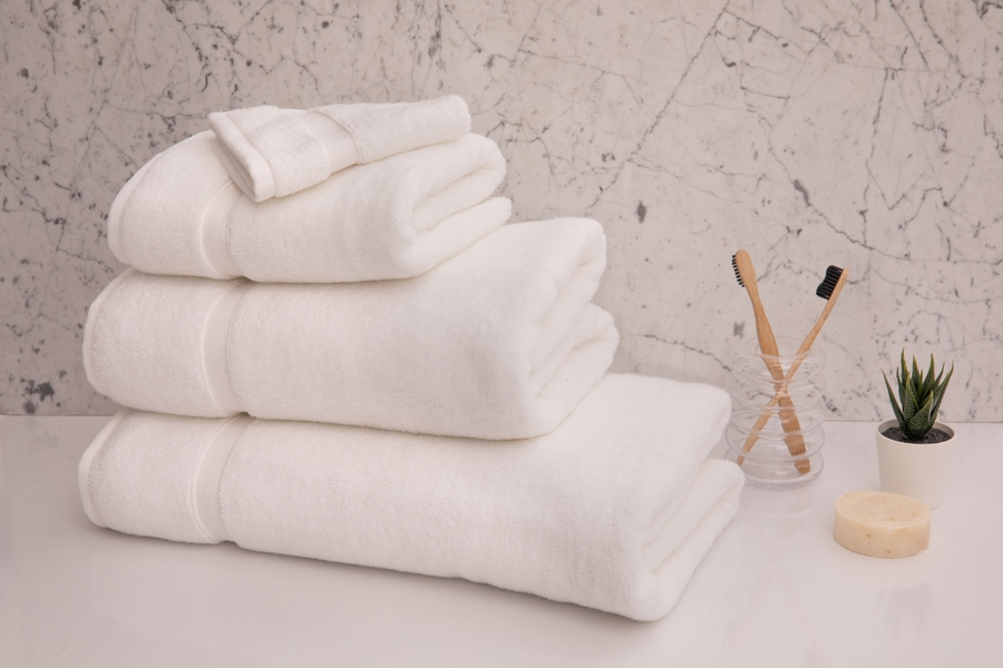 House of Silk Maison - White Towel